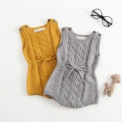 2019 New Autumn sleeveless pullover sweater for baby