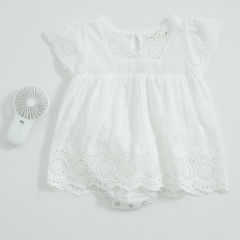 wholesale infant baby V-collar hollow-out sleeveless romper in summer
