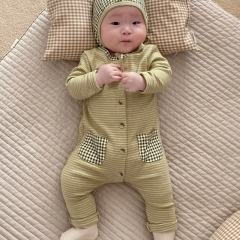 2021 Korea Stylish Ins Newborn Strip Comfy Romper With Hat Wholesale