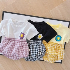 New Style Toddler Girl Clothes Set Flower Top Grid Shorts 2 pcs Infant Baby Clothing Wholesale